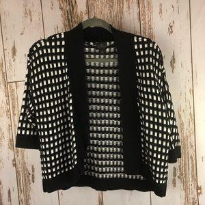 Worthington Shrug Sweater, Size Medium.  F24